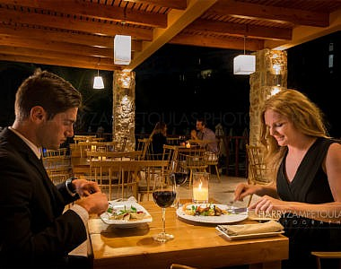 Couple-2-380x300 Hotel Sun Beach Resort Complex - Hotel Photographer Harry Zampetoulas Rhodes