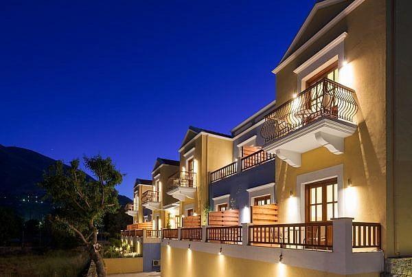 Exterior-4-600x403 Φωτογράφιση Ξενοδοχείων, καταλυμάτων, Villas. Google Street View Trusted Photographer.