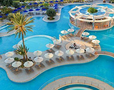 Pool-Area-15-380x300 Atrium Platinum 2017 - Φωτογράφιση Ξενοδοχείων Χάρης Ζαμπετούλας