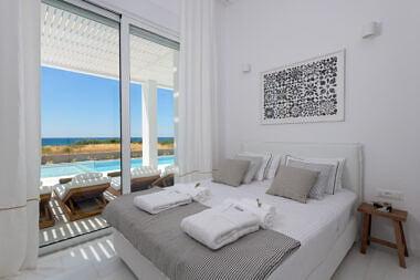 Bedroom-1-380x253 Seashore Villa - Harry Zampetoulas Photography