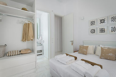 Bedroom-3a-380x253 Seashore Villa - Harry Zampetoulas Photography