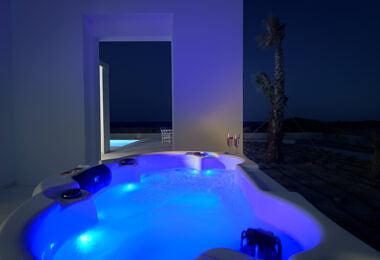 Jacuzzi-380x260 Seashore Villa - Harry Zampetoulas Photography